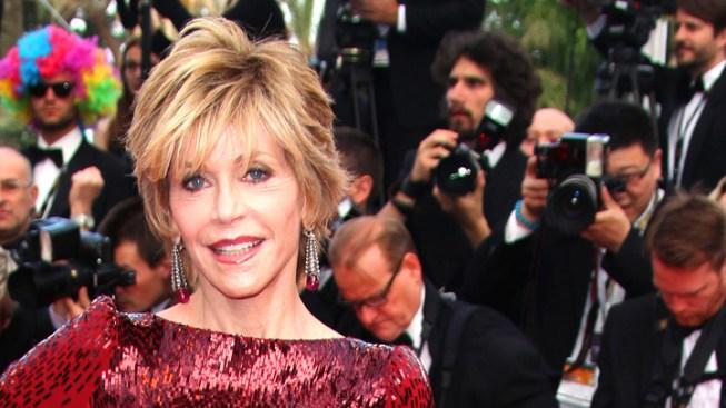 Jane Fonda Pans Oscar Host Seth MacFarlane's Boob Routine
