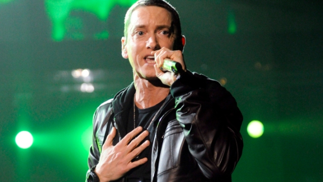 Eminem Announces New Single and Album Dropping in November