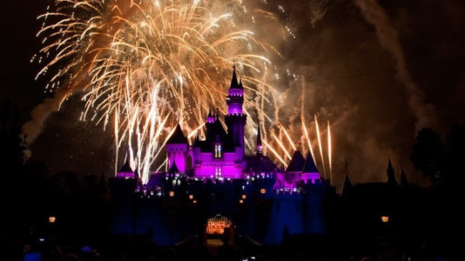 Back and Bright: Old-School Disneyland Fireworks