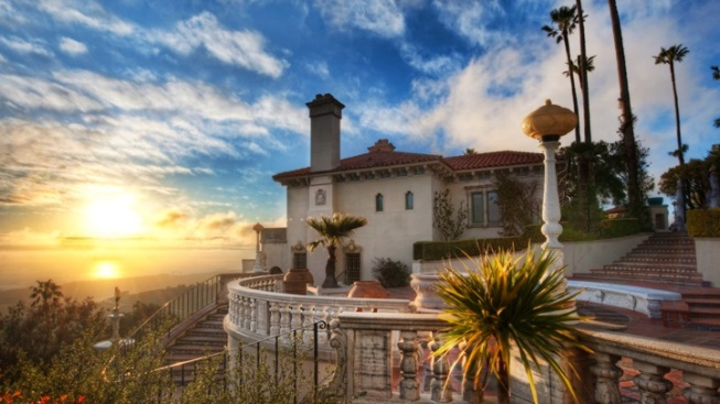 Hearst Castle: Tours Resume