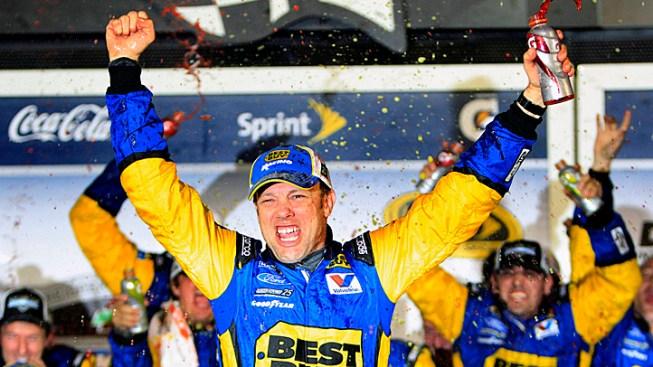 Matt Kenseth Wins Chaotic Daytona 500