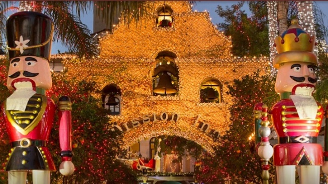 Holiday Lights: Stay at California's Brightest Hotel