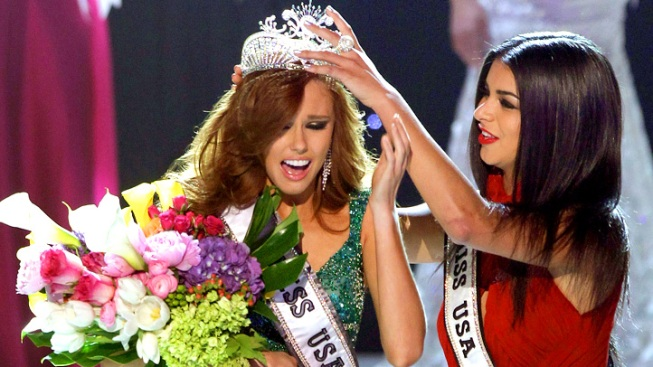 Miss California Crowned Miss USA