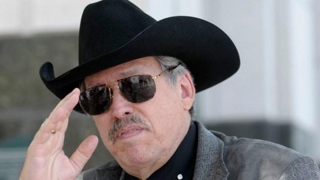 Bounty Hunter Gets Serial Killer's Mayoral Endorsement
