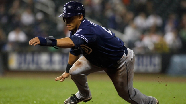 Padres Hang On In Seattle