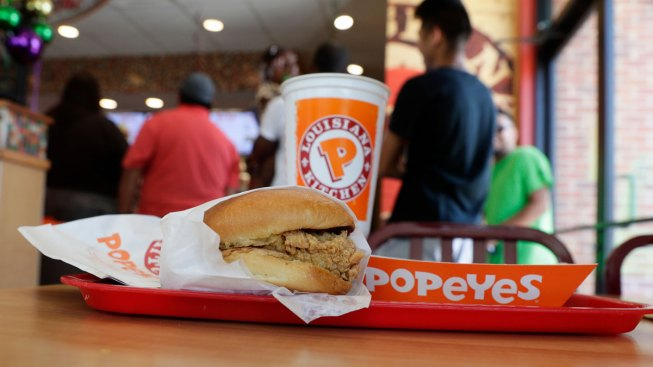 Tennessee Man Sues Popeyes for Running Out of Chicken Sandwiches
