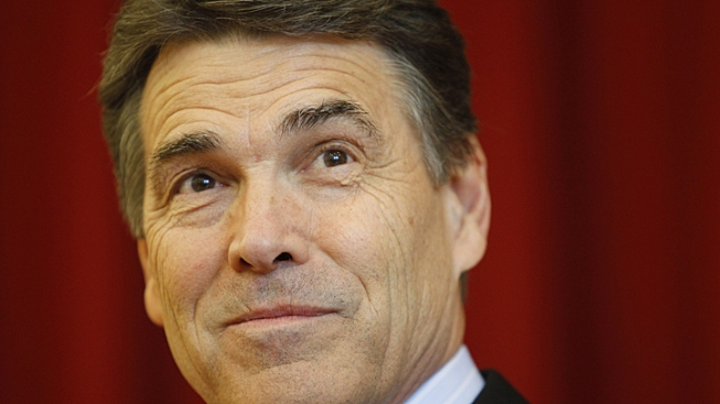 Perry Visits San Diego Amid Texas Wildfires
