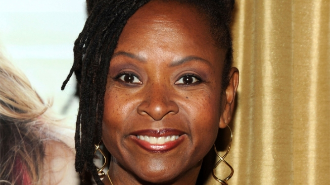 Howard Stern Sidekick Robin Quivers Reveals Cancer Battle