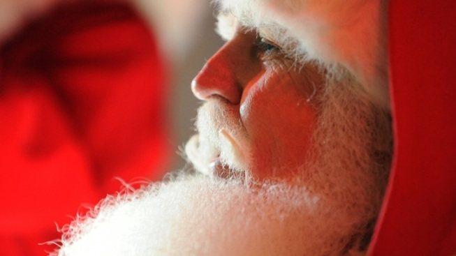 12,000 Santas to Ho, Ho, Ho in Reno