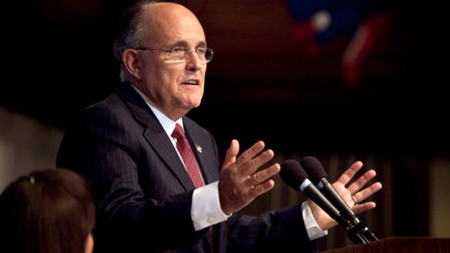 "Giuliani Finds Christie ""Credible"" on Bridge Flap"