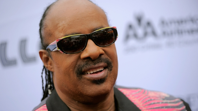 2 Charged with Trying to Extort Stevie Wonder