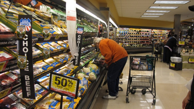 Cost of Thanksgiving Takes Toll on Tradition
