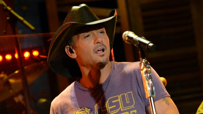 Tim McGraw to Play Aboard USS Midway