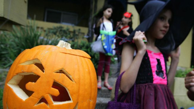 Haunt a Hotel: Inn at Rancho Santa Fe Trick-or-Treating