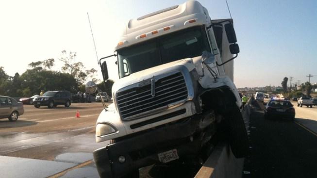 Truck Leaks Fuel Onto I-5