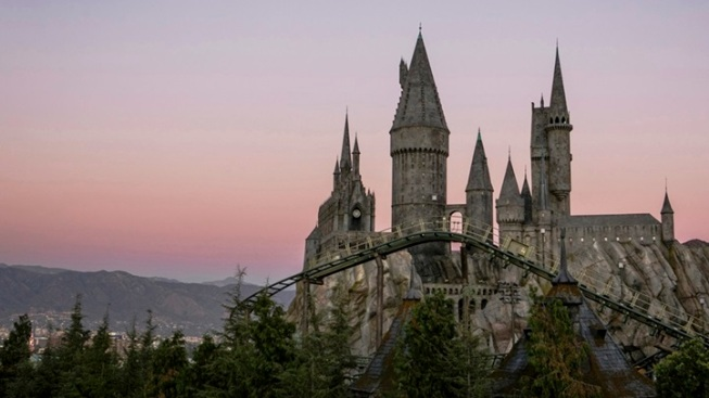 Alighting in SoCal: The Wizarding World of Harry Potter