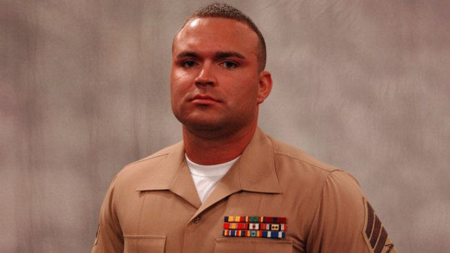 U.S. Marine Receives Navy Cross