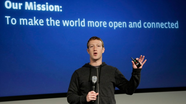 Facebook's Zuckerberg Insults Apple's Overpriced Products