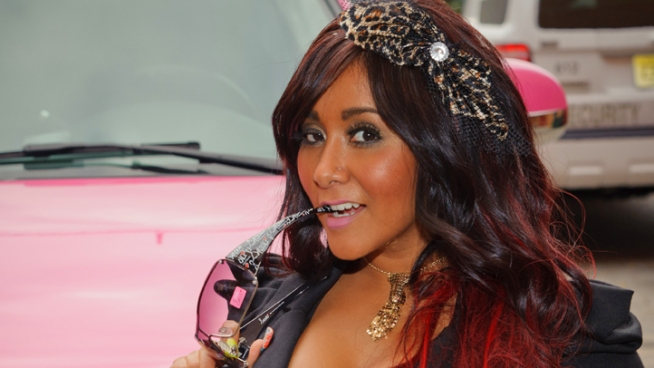 "Snooki On Her Timeline To Get Married & Tips On How To Become A ""Guidette"""
