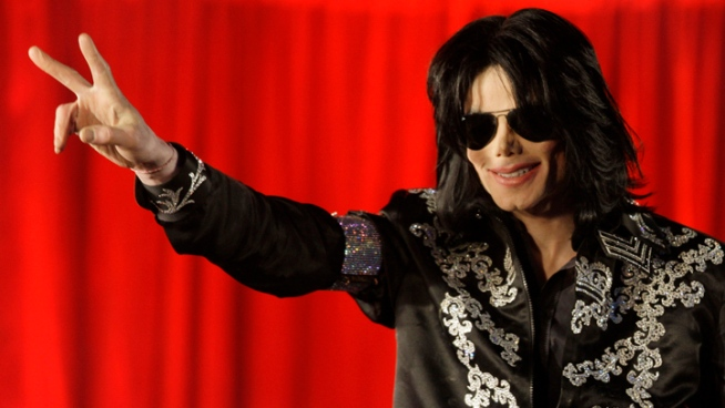 Michael Jackson's Costumes Going on World Tour