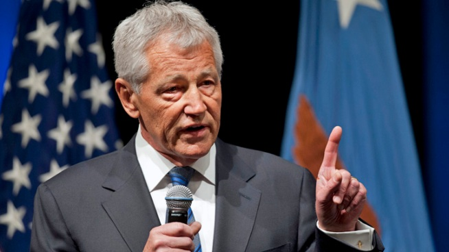 Hagel makes first address to staff