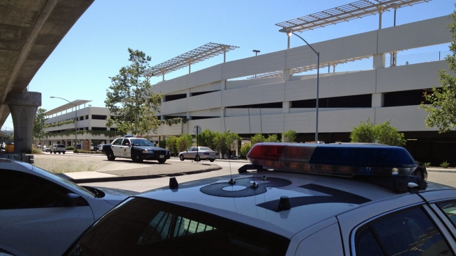 Fashion valley mall and then took off with a bag of stolen money nbc