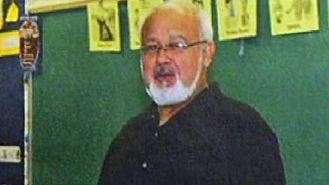 Dool Elementary School teacher Jimmy Arrevalo was killed after he stopped to help a driver on I-8 near Tavern Road early Monday. CHP officers say Arrevalo and a second woman, Angela August, were killed when a suspected DUI driver collided with the stranded vehicle. NBC 7s Nicole Gonzales reports.