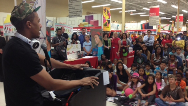 AGT' Host Nick Cannon Donates School Supplies in San Diego