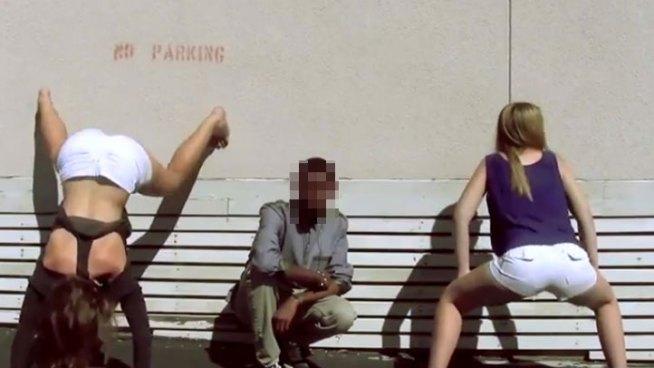 Girls Twerking at School