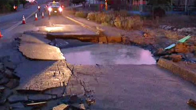 Water began flooding the eastbound lane of Ridge Hill Road near I-8 and Lake Jennings Park Road. NBC 7's Megan Tevrizian reports.