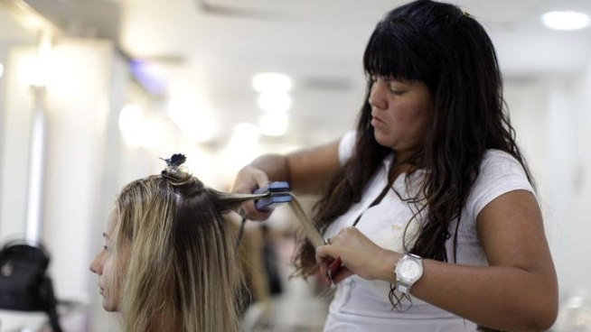 Brazilian Blowout May Pose Toxic Risk