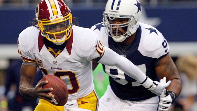 Robert Griffin III Wins 2012 NFL Offensive Rookie of the Year Award