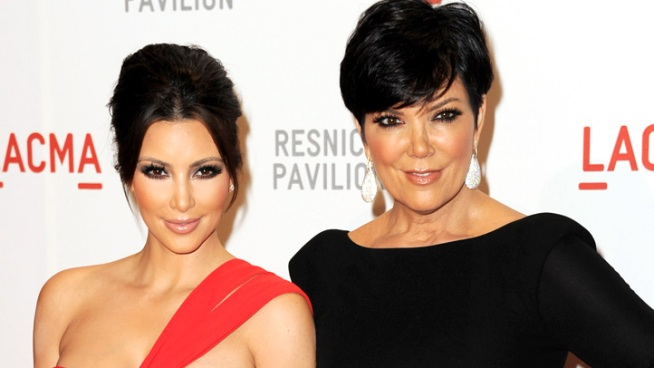 Kris Jenner, Khloe Kardashian and Kourtney Kardashian chat about Kim's recent engagement news. Plus, what do the ladies think about Kim's 20-carat diamond engagement ring?