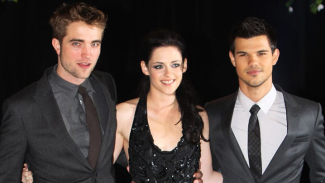 "Stars Shine at the ""Twilight"" Saga Premiere in SoHo"