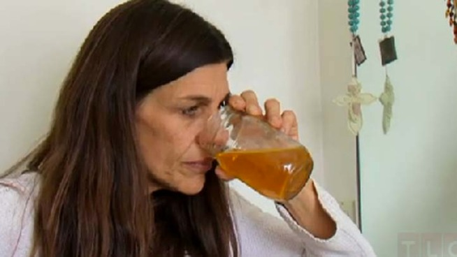 "Woman Drinks, Bathes in Own Urine on ""My Strange Addiction"" Finale"