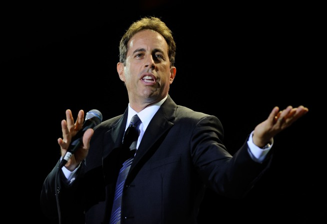 "Jerry Seinfeld Signs On As ""Jay Leno Show's"" First Guest"
