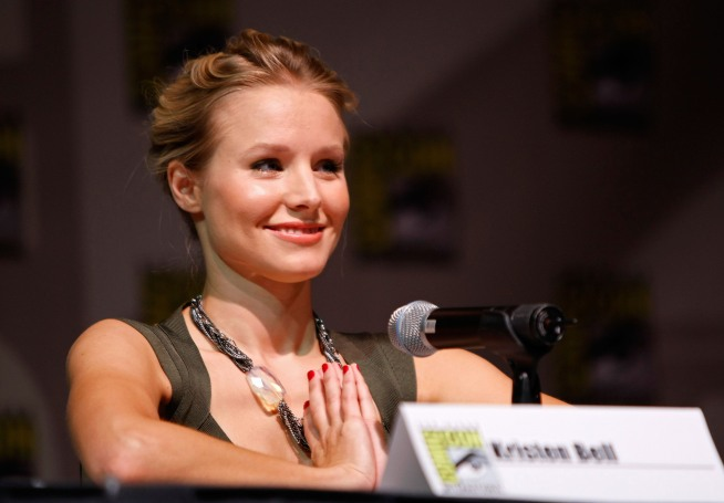 Veronica Mars to Challenge Christina Aguilera on Screen
