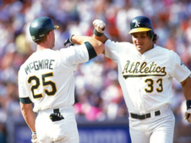 Canseco Takes a Bat to McGwire's Apology