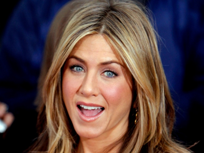 Jennifer Aniston Talks Sperm Banks With Jay Leno