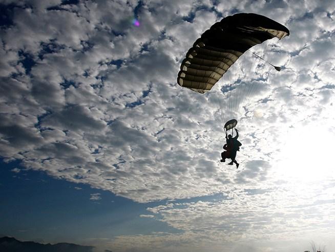 FAA Investigates Skydiving Sex Stunt