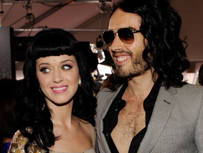 Katy Perry, Russell Brand Celebrate Easter With Backyard BBQ