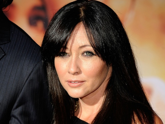 "Shannen Doherty Talks ""Dancing"" to Help Dad"