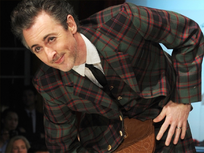 "Alan Cumming Drops Out of Broadway's ""Spider-Man"""