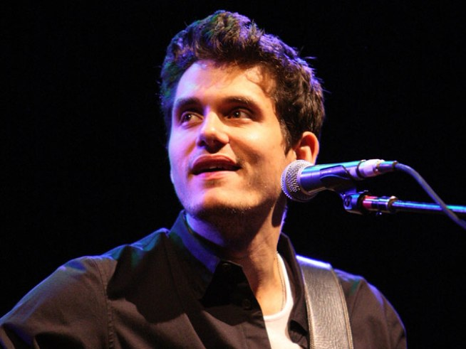 John Mayer Shows Singer Ke$ha Love on Twitter