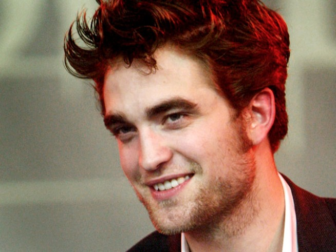 Is the Alleged Robert Pattinson Stench a Paparazzi Deterrent?