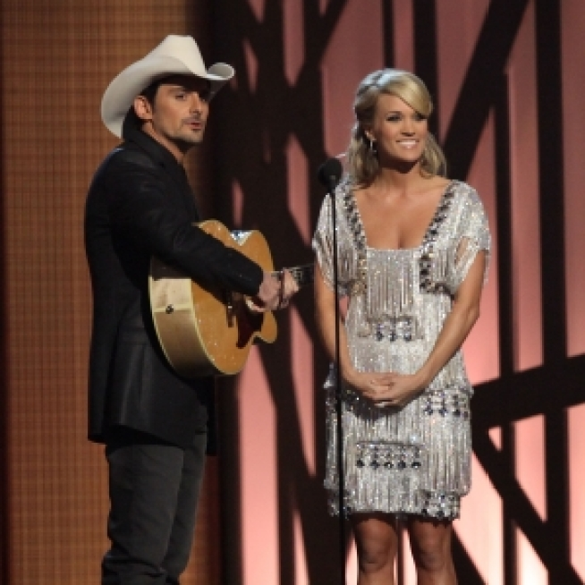 CMAs: Brad Paisley & Carrie Underwood Take Swipe at Kanye