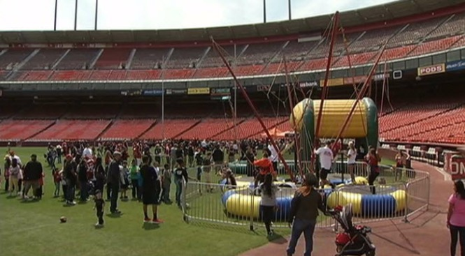 Fans Say Final Goodbye to Candlestick Park in Candlestick Farewell Community Day