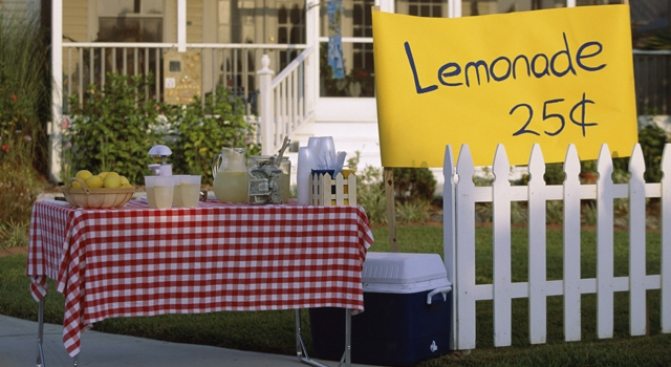 Local Family Fights Cancer with Lemonade