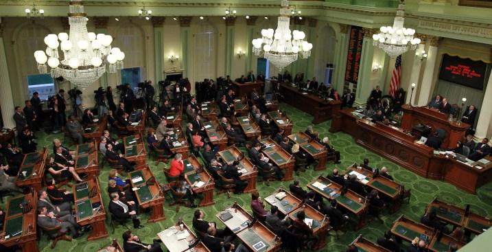 Controller Halts Lawmaker Pay