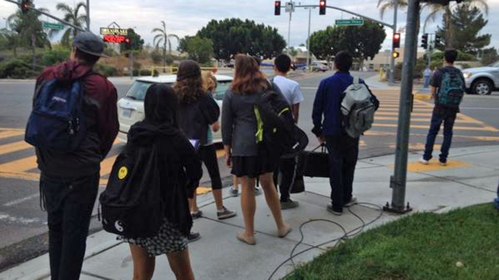 Eastlake High School Adds Security After Teen S Threatening Tweet